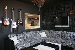 Rockstar Room Guitars