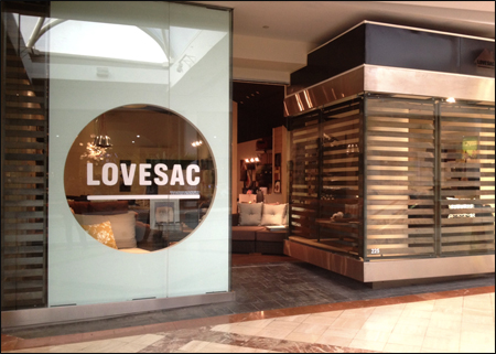 Lovesac-store